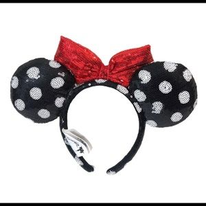 Disney Park Minnie Polka Dot Sequin Ears